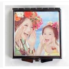 方形化妝鏡